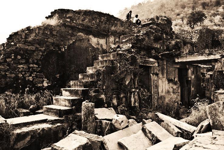 bhangarh-fort_1443704897e12